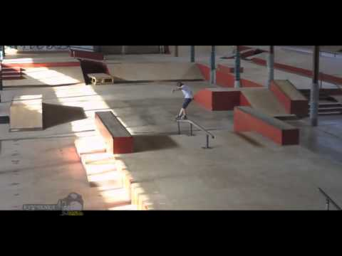 Смотреть трюки на скейте 2014