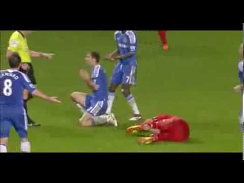 The reason why Luis Suárez bit Branislav Ivanovic?, bites, Liverpool V Chelsea 2014