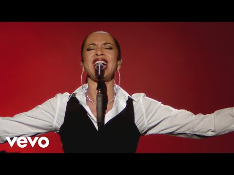 Sade - Is It a Crime (Live 2011)