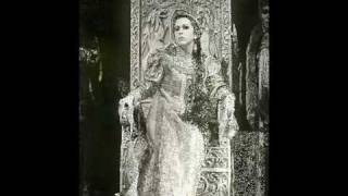 Galina Vishnevskaya sings the haunting Song of Ophelia (Shostakovich)