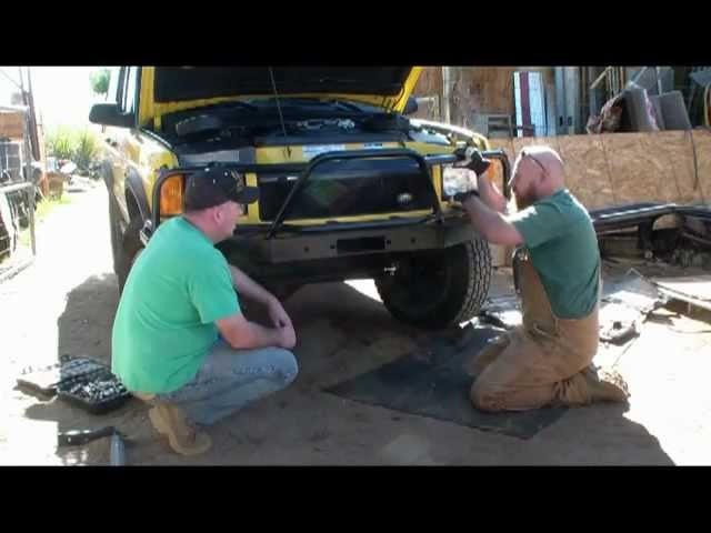 Tactical Rovers Discovery 2 Front Bumper Install.mpg - YouTube