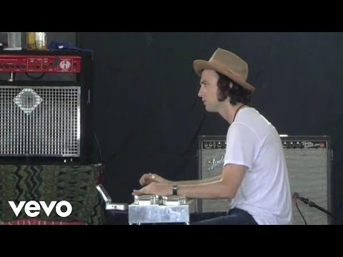Phosphorescent - Dead Heart (Live @ Bonnaroo, 2011)