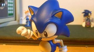 Figure Reviews: Classic Sonic 5 Inch -- Jazwares