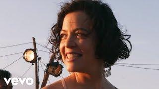 LOS ANGELES AZULES - La Cumbia del Infinito - ft Natalia Lafourcade