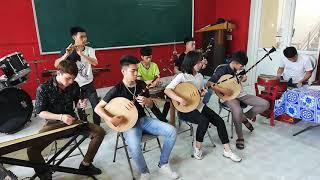 Gà rừng thể hiện sinh viên Quang Thoại