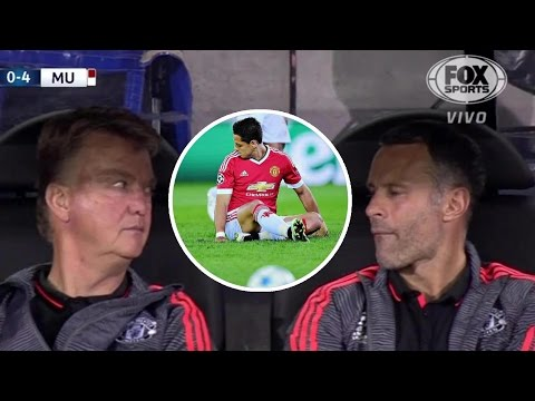 Louis van Gaal & Giggs EPIC reaction to Chicharito's penalty miss!