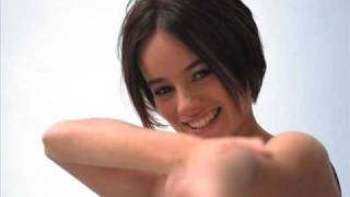 Watch Alizee Veni Vedi Vici video