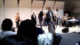 "Vashawn Mitchell ""Turning Around For Me"" LIVE @ Alabama A&M University"