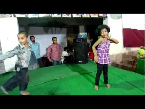 Kashvi dancing for My Name is Sheela song