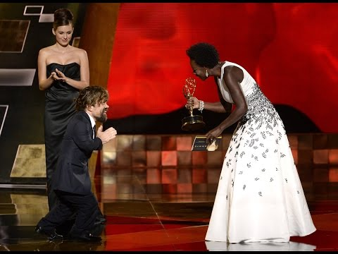 Peter Dinklage Wins The Emmy for Game Of Thrones 2015