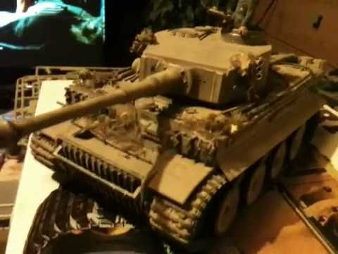 Tamiya 1/35 scale Model  WWII Tiger 1 Tank