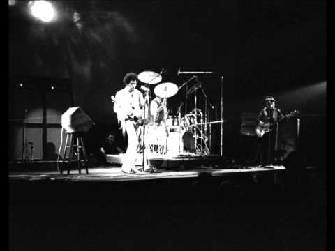 Jimi Hendrix - Who Knows live Winter Festival for Peace 1970