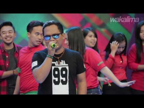 download lagu Penonton Dahsyat Menangis Saat Nyanyi La gratis