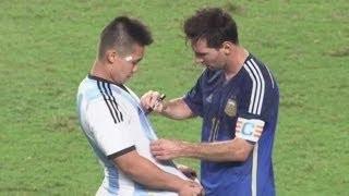 من اكثر اللحظات احتراما في عالم كرة القدم - لحظات تجعلك تعشق هذة اللعبة HD