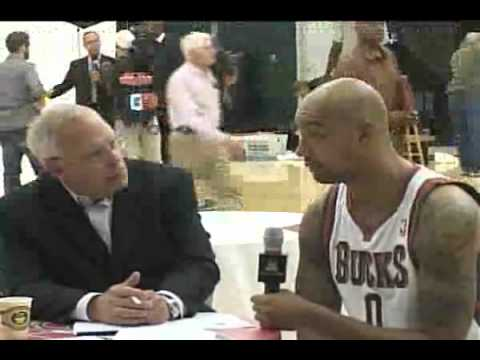 Bucks Media Day Live: Drew Gooden