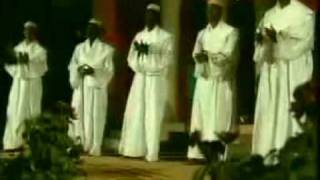 انا المسلم - كلمات الشيخ القرضاوي - اداء فرقة الصفوة
