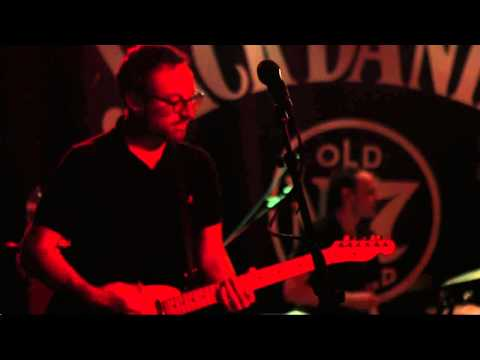 Maximo Park - 'Girls Who Play Guitars' - Live At The Cluny For Jack Daniels JD Roots