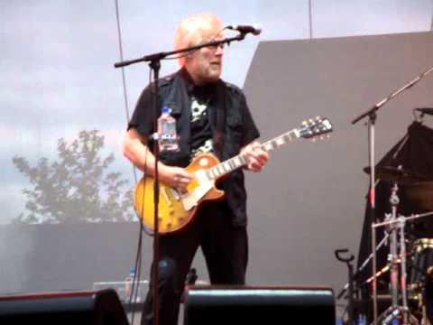 Bachman&Turner - Randy Bachman Guitar Solo/American Woman/Stayed Awake All Night