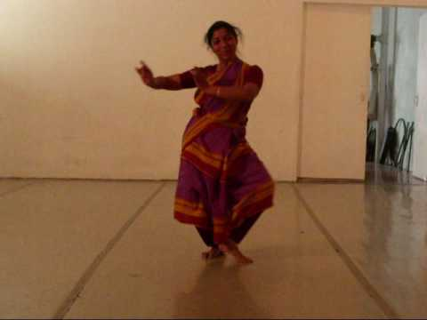 Govinda Damodhara Clips.wmv