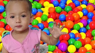 Funny Baby Learn Colors With Color Balls | Ball Video For Kids to Learning with Baby