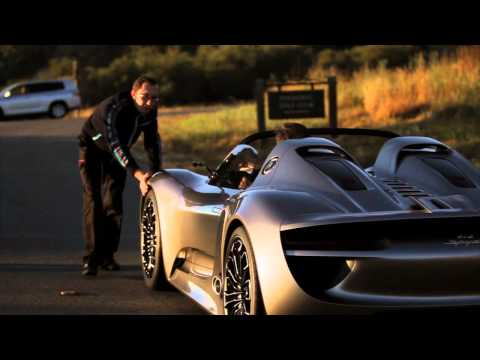 Porsche 918 Spyder Hybrid drives - first real video Video