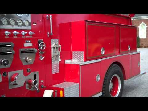 1984 Ford F-800 Tanker Pumper Fire Truck - Tag# 13932