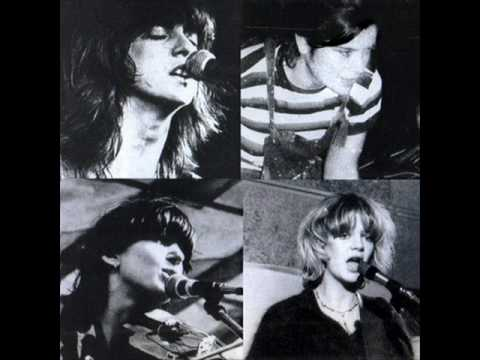 The Raincoats - BLACK AND WHITE (1979)