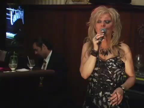 jazz singer eva angelina,,on the piano Olivier Radu... Video