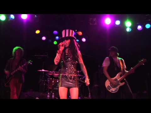 Dilana - Airplane Live at the Roxy