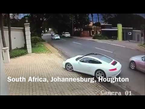 Over in seconds - Quick thinking Porsche driver outwits an armed hijacker -Johannesburg,South Africa thumbnail
