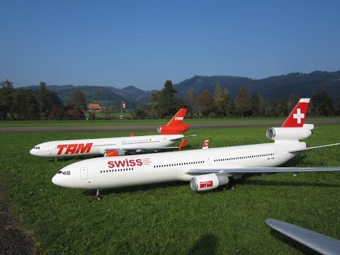 Radio controlled McDonnell Douglas MD-11 Swiss und TAM Airline turbine model Airplane Hausen Flugtag