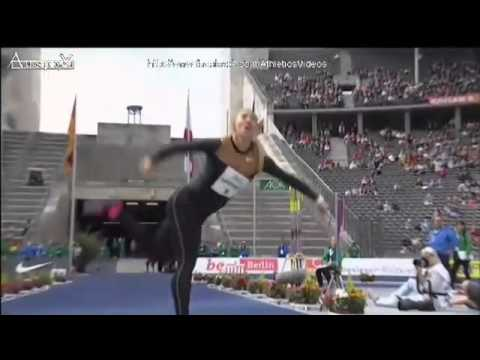 Javelin Throw Maria Abakumova Berlin 2013 70.53m in a new World Leading Time Please Subscribe!!!
