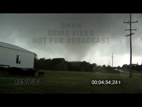 5/13/2009 Kirksville, MO Tornado Part 1