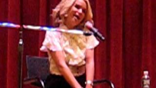 Watch Kristin Chenoweth You
