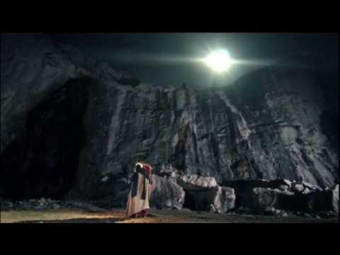 Deus mostra de costas para Moisés