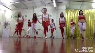 Dzung Linh... hoa cỏ mùa xuân.. dạy nhảy