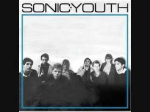 Sonic Youth - She Is Not Alone