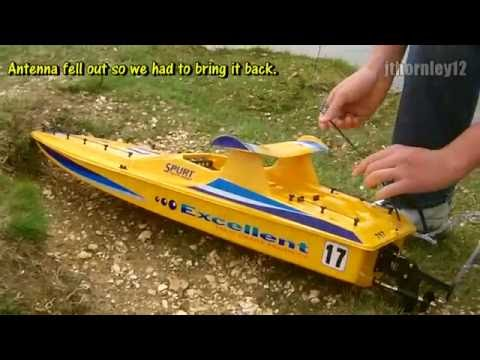 Yellow Spurt Electric RC Boat Maiden Run