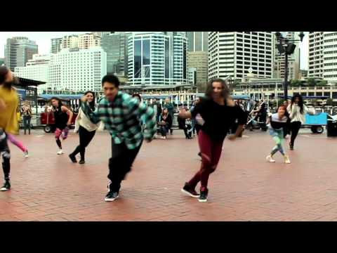 Proposal Flashmob Darling Harbour - Clement & Natasha - Immaculate Flash