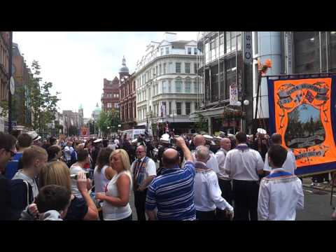 Shankill Y.C.V Flute Band - Penny Arcade - Dancing Band 12th July 2012