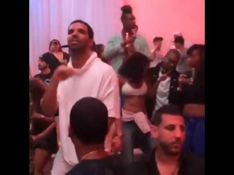 Drake & Rihanna in the club