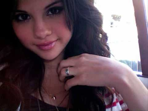 Does selena gomez wear purity promise ring youtube