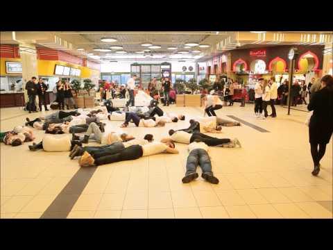 Pierwszy Flash Mob XV Liceum Ogólnokształcącego W Bydgoszczy