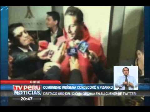 Claudio Pizarro fue homenajeado en Chile por promover el quechua