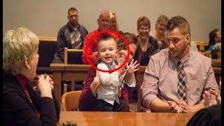 Com uma palavra essa criança diz tudo o que o juiz precisava saber