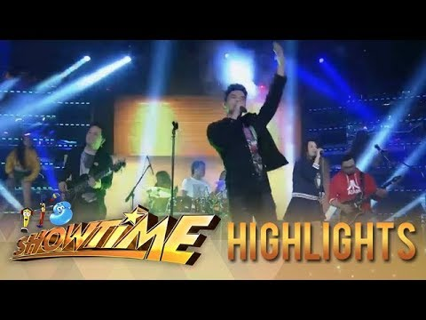 It's Showtime: Hashtag Ronnie's heart-fluttering performance