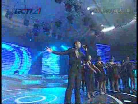 Igo - Kemenangan Cinta  Grand Final  Indonesian Idol 31-07-2010...