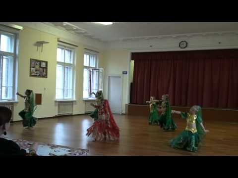 Children Dancing Bollywood Dance video
