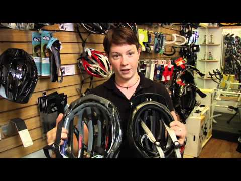 Choosing Auto Racing Helmet on Choosing A Bike Helmet