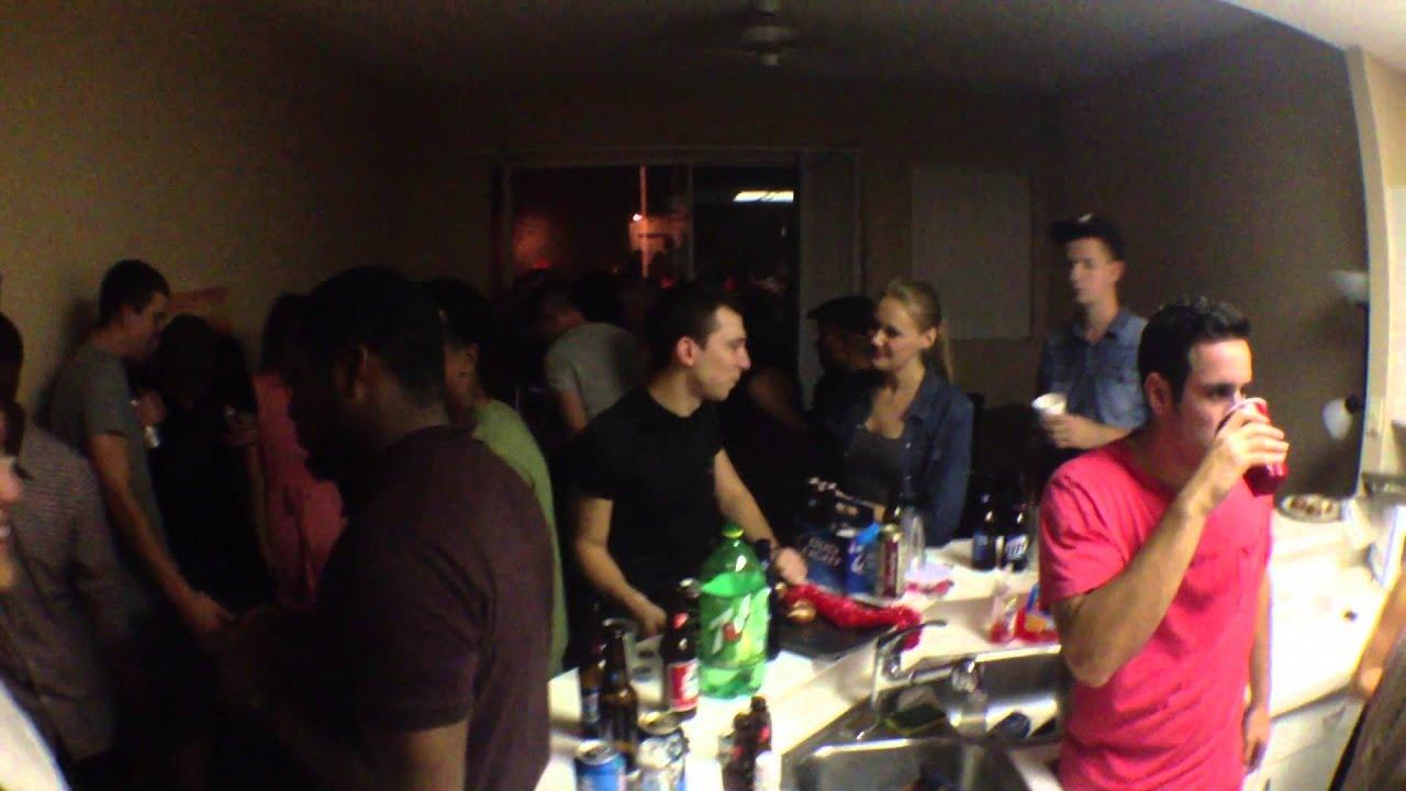 Смотреть онлайн студенческие вечеринки 12 фотография